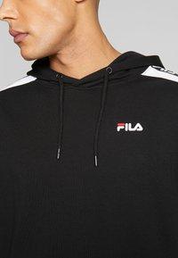 Fila - TEFO - Bluza z kapturem - black/bright white - 5