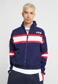 Fila - CARTER COLOUR POP STRIPE JACKET - Training jacket - peacoat - 0