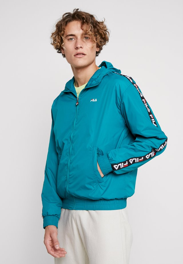 TACEY JACKET - Summer jacket - everglade