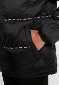 Fila - TATSUJI PUFF JACKET - Winterjas - black - 5