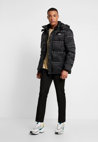 Fila - TATSUJI PUFF JACKET - Winterjas - black - 1