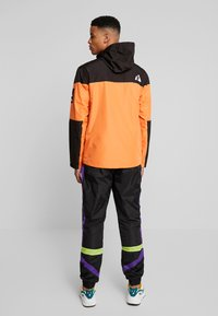Fila - HERB SHELL JACKET - Chaqueta fina - mandarin orange/black - 2