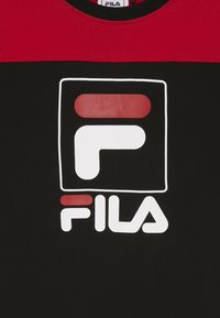 Fila - JESSICA - Sukienka z dżerseju - black/true red - 3