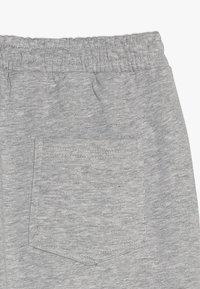 Fila - CLASSIC BASIC PANTS - Träningsbyxor - light grey melange - 2