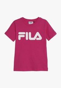 Fila - CLASSIC LOGO TEE - T-shirt med print - pink yarrow - 0