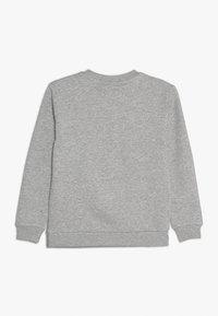 Fila - CLASSIC LOGO CREW  - Sudadera - light grey melange - 1