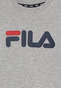 Fila - CLASSIC LOGO CREW  - Sudadera - light grey melange - 3