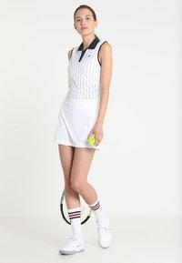 Fila - SKORT SHIVA - Sportovní sukně - weiß - 1