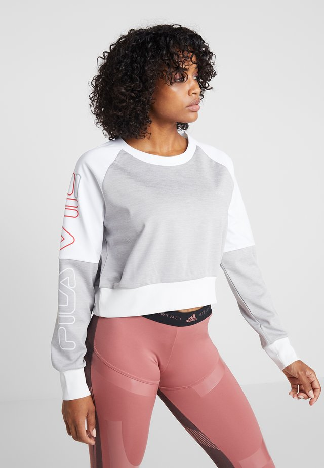 CROPPED CREW - Camiseta de deporte - light grey melange bros/bright white