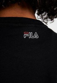 Fila - TEE - T-shirt imprimé - black/light grey melange/bright white - 5