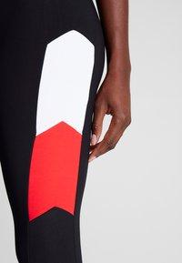 Fila - LEGGINGS - Punčochy - black/bright white/true red - 5