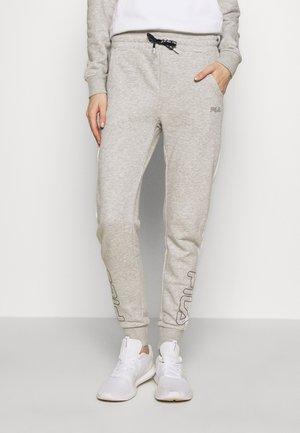 LAILA - Teplákové kalhoty - light grey melange/bright white