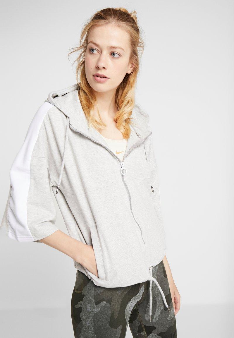 Fila - OVERSIZED ZIP HOODY - Mikina na zip - light grey melange/bright white