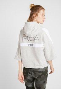 Fila - OVERSIZED ZIP HOODY - Mikina na zip - light grey melange/bright white - 2
