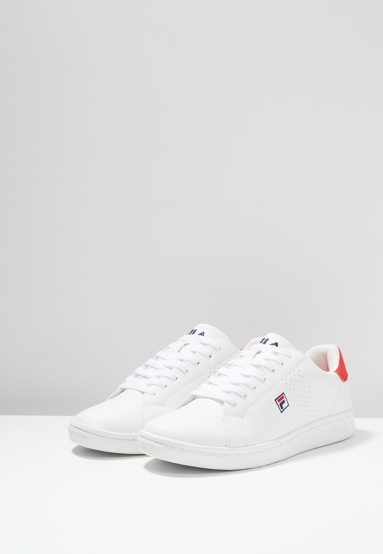 Fila CROSSCOURT 2 - Obuwie treningowe - white/red