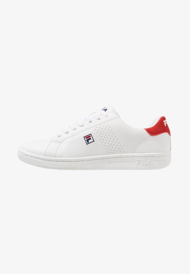 CROSSCOURT 2 - Zapatillas de entrenamiento - white/red