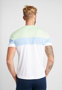 Fila - LASSE - T-shirt med print - white/pistachio green/placid blue/peacoat blue - 2