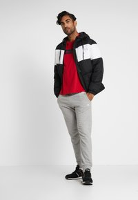 Fila - DEWE - Winterjas - black/bright white - 1