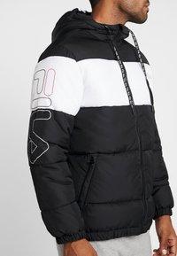 Fila - DEWE - Winterjas - black/bright white - 4