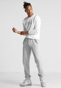 Fila - LIAM CREW - Sweatshirt - brightwhite - 1