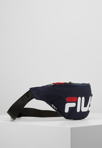 Fila - WAIST BAG SLIM - Ledvinka - black iris - 3