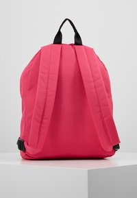 Fila - MINI BACKPACK MALMÖ - Rugzak - pink yarrow - 2