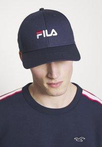 Fila - KIDS - Kšiltovka - black iris - 1