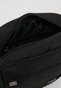 Fila - REPORTER BAG - Bandolera - black - 3