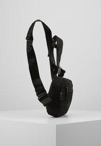 Fila - CHEST BAG - Mochila - black - 2