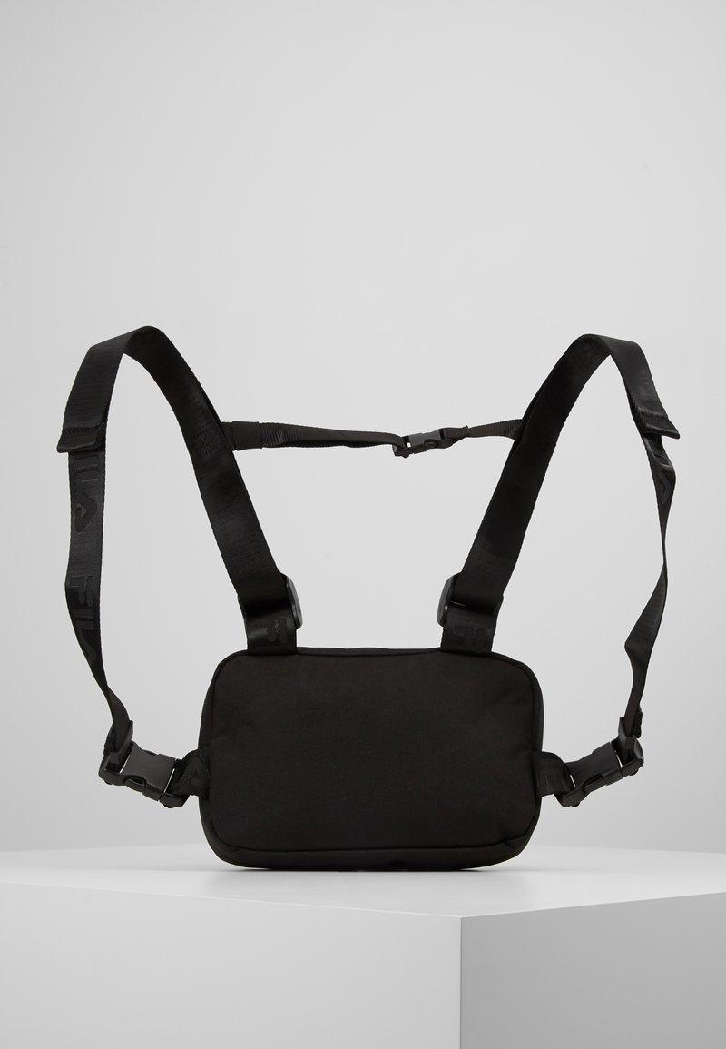 Fila - CHEST BAG - Mochila - black