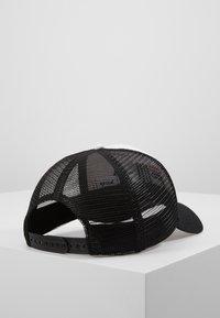 Fila - TRUCKER SNAP BACK - Caps - black/bright white - 2