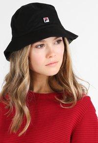 Fila - BUCKET HAT - Klobouk - black - 5