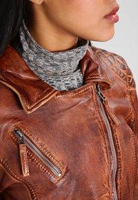 Freaky Nation - BLIND TRUST - Leather jacket - cognac - 3