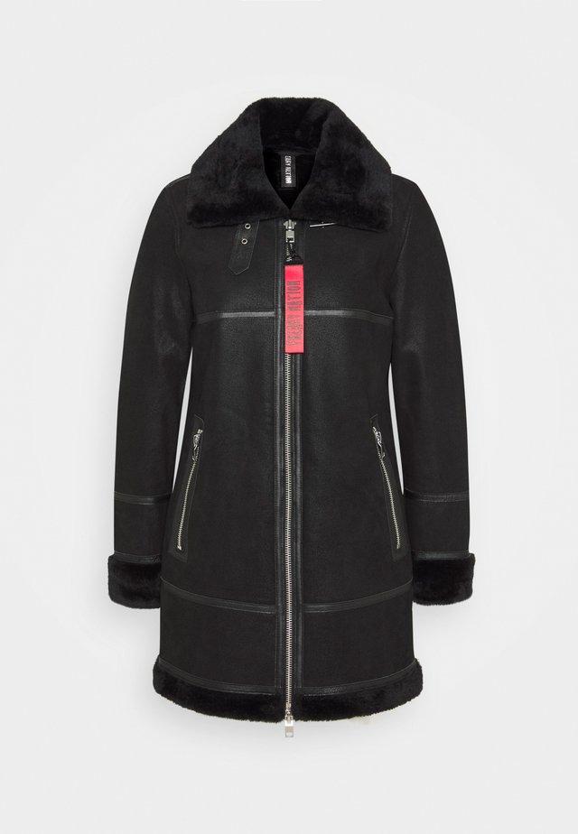 ARCTIC VILLAGE - Cappotto invernale - black