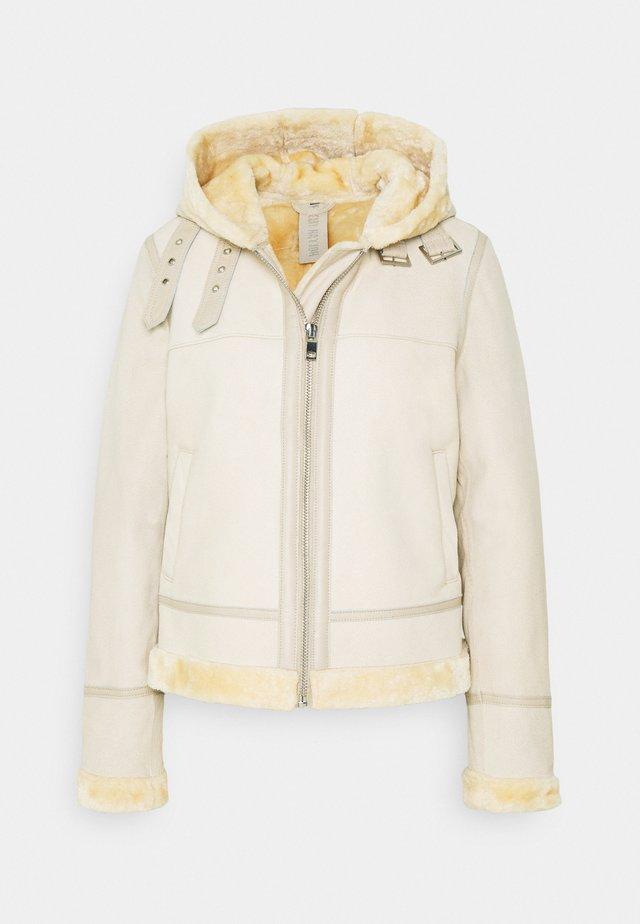 POLAR GIRL - Leather jacket - tofu