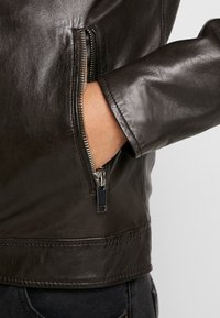 Freaky Nation - LUCKY JIM - Leather jacket - darkbrown - 6