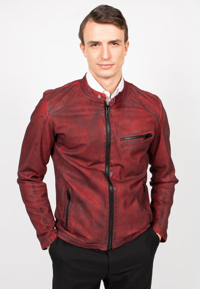 WILD RED-FN - Leather jacket - red