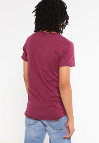 Key Largo - T BREAD NEW - Basic T-shirt - dark red - 2