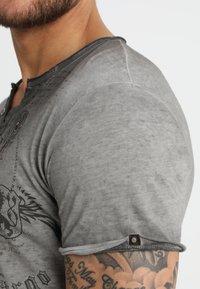 Key Largo - WEAPON - T-shirt imprimé - anthrazit - 3