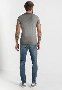 Key Largo - WEAPON - T-shirt imprimé - anthrazit - 2