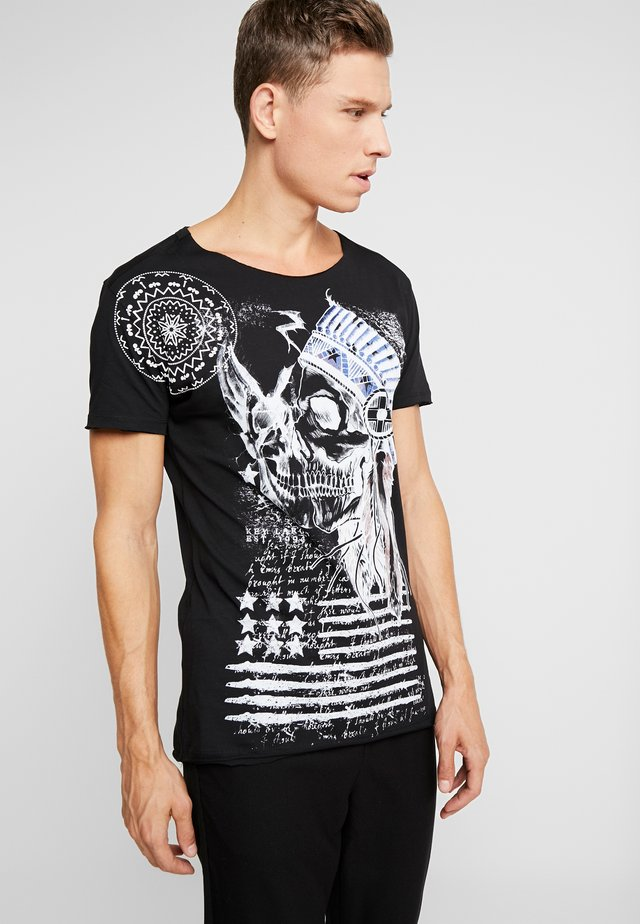 INDIAN SKULL - Print T-shirt - black