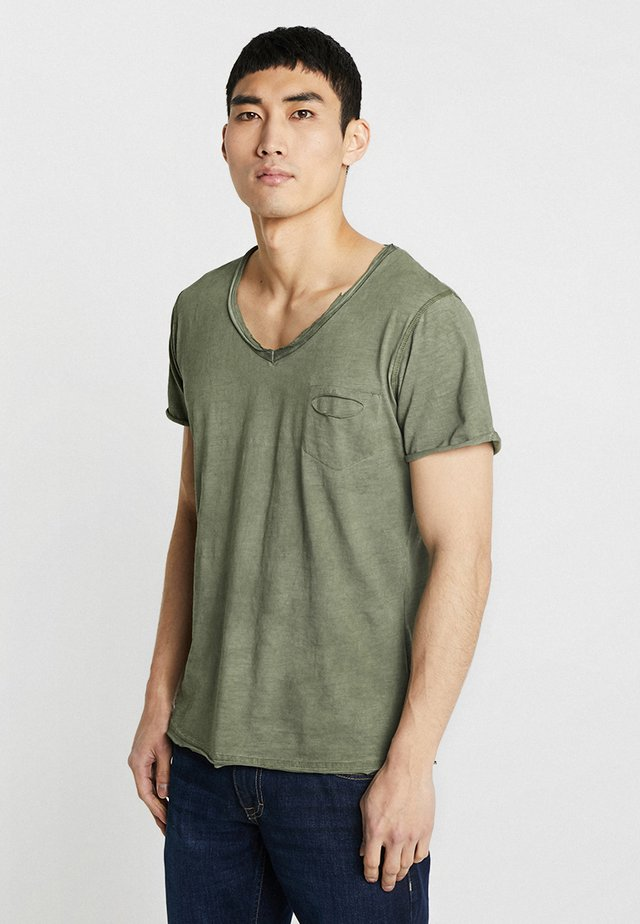 DO NOT USE - T-shirt print - green