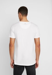 Key Largo - CHIEF ROUND - Print T-shirt - offwhite - 2