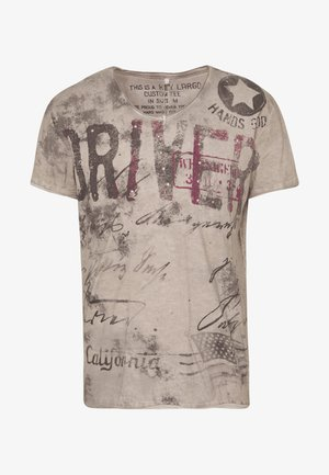 DRIVERS VNECK - Print T-shirt - silver