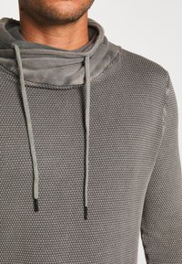 Key Largo - MST LECH TUBE - Sweter - grey - 4