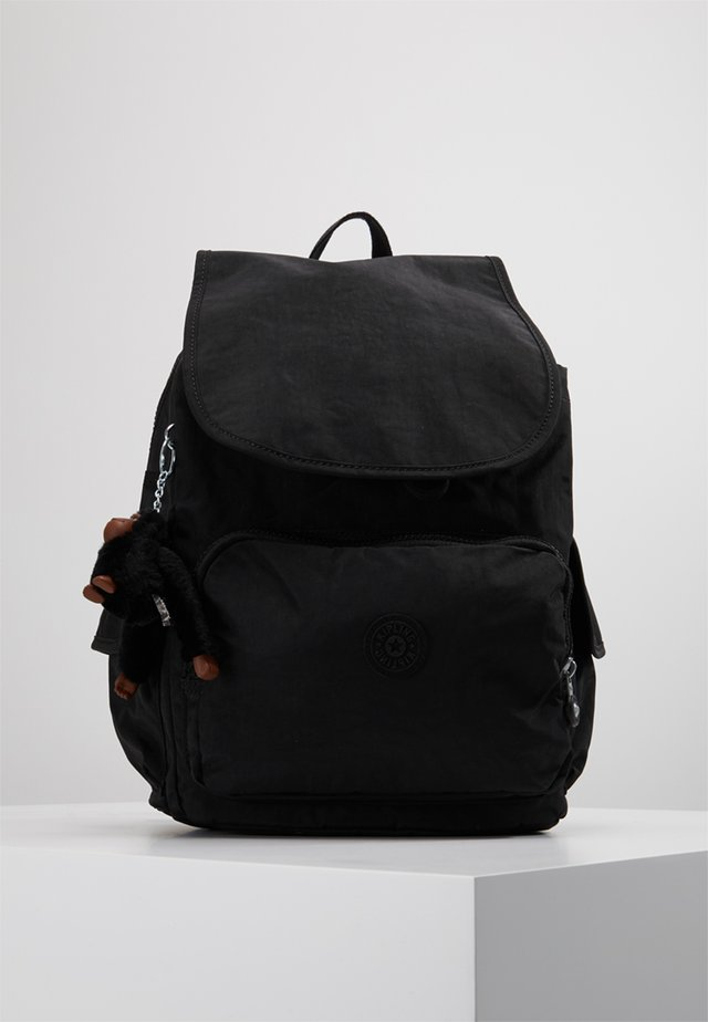 CITY PACK L - Batoh - true black