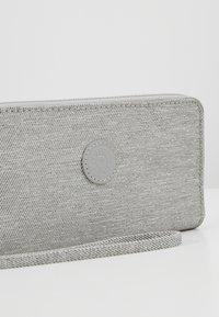 Kipling - IMALI - Portefeuille - chalk grey - 2