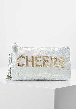 CREATIVITY L - Clutch - silver/gold