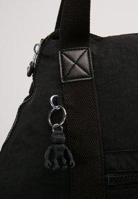 Kipling - ART M - Weekend bag - lively black - 8