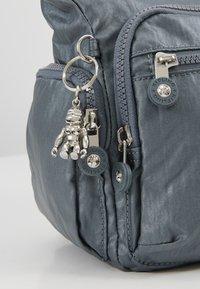Kipling - GABBIE S - Across body bag - steel grey metal - 6